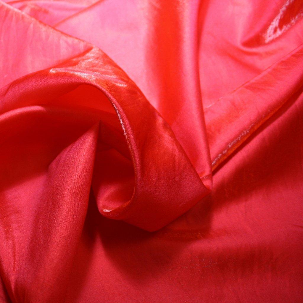 Taft lesklý hladký červený