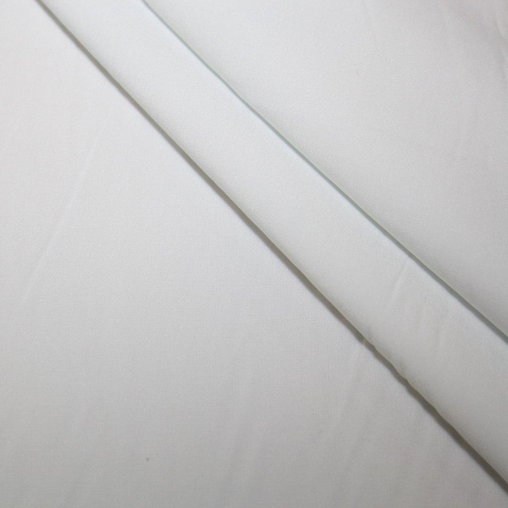 Kostýmovka jednobarevná bílá
