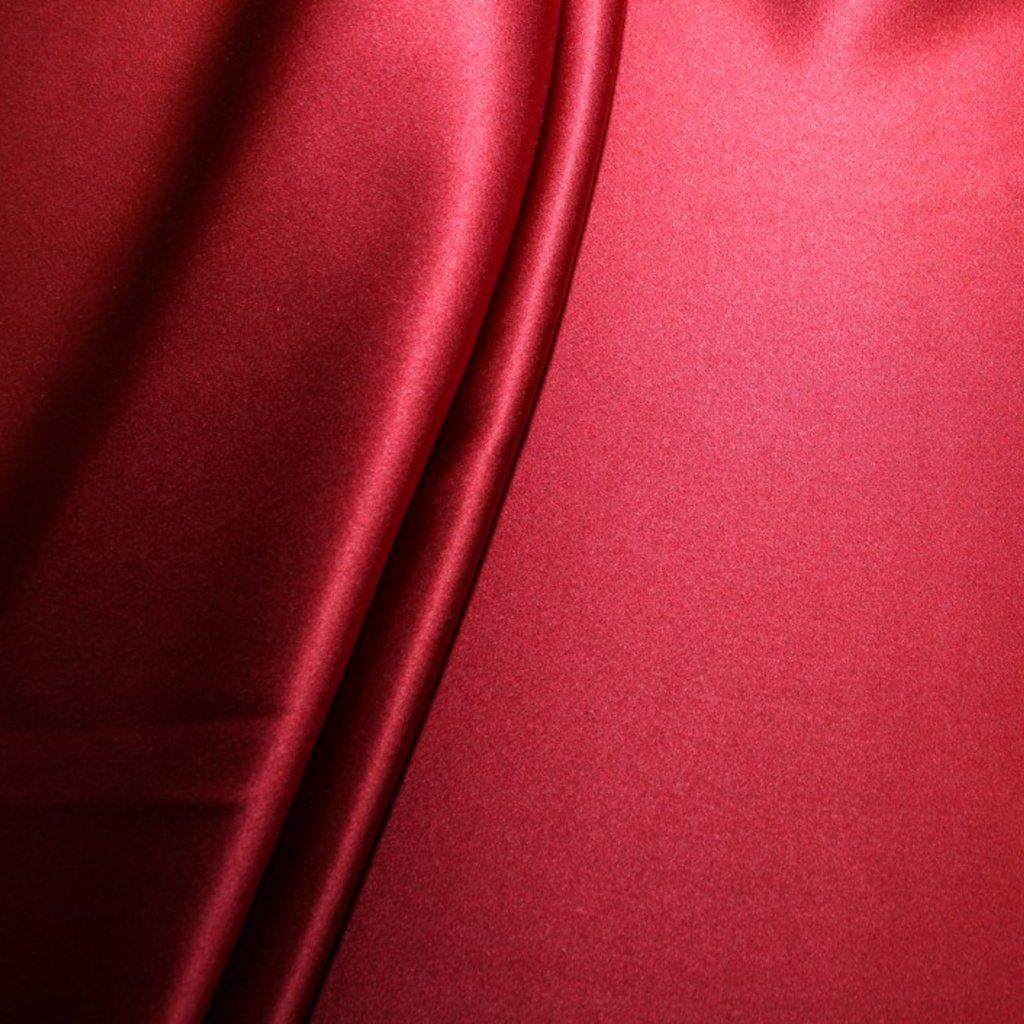 Hedvábí pravé saténové tmavě červené