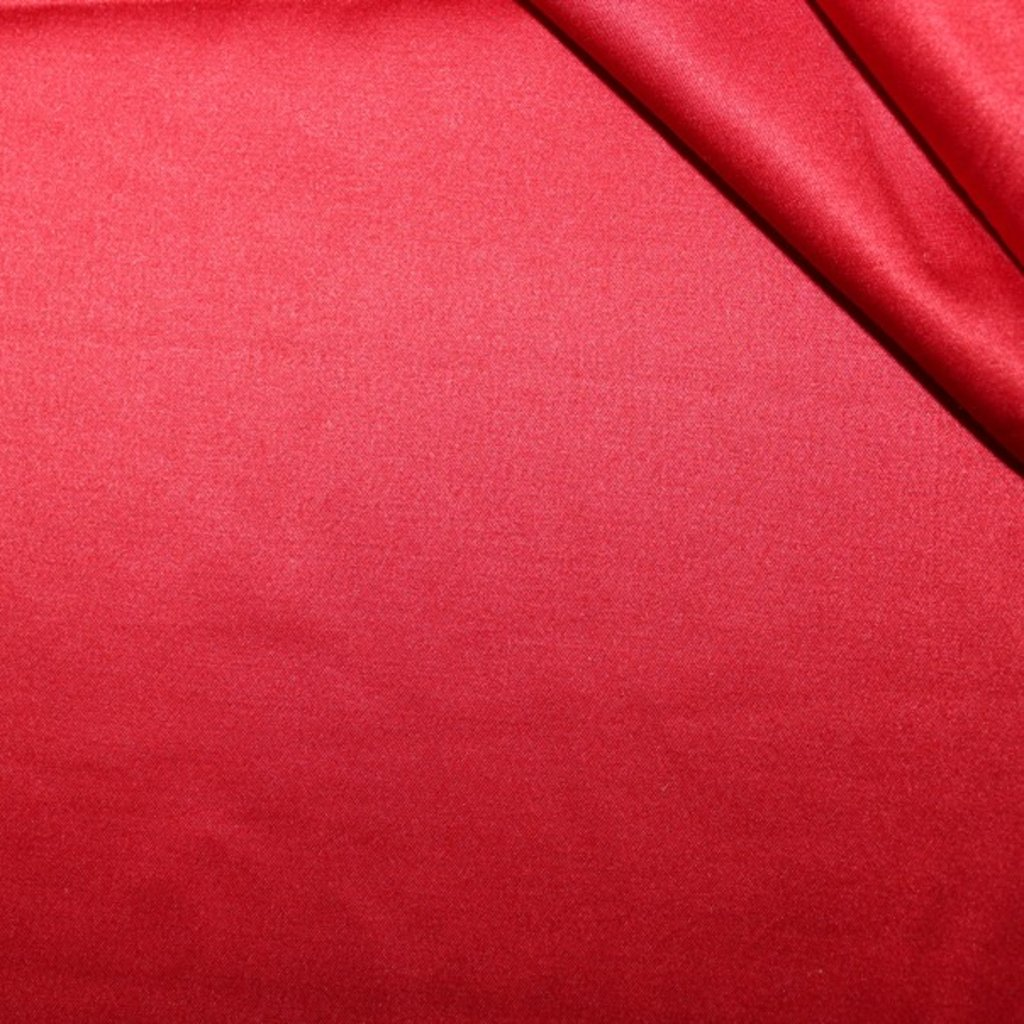 Polyestrová látka červená