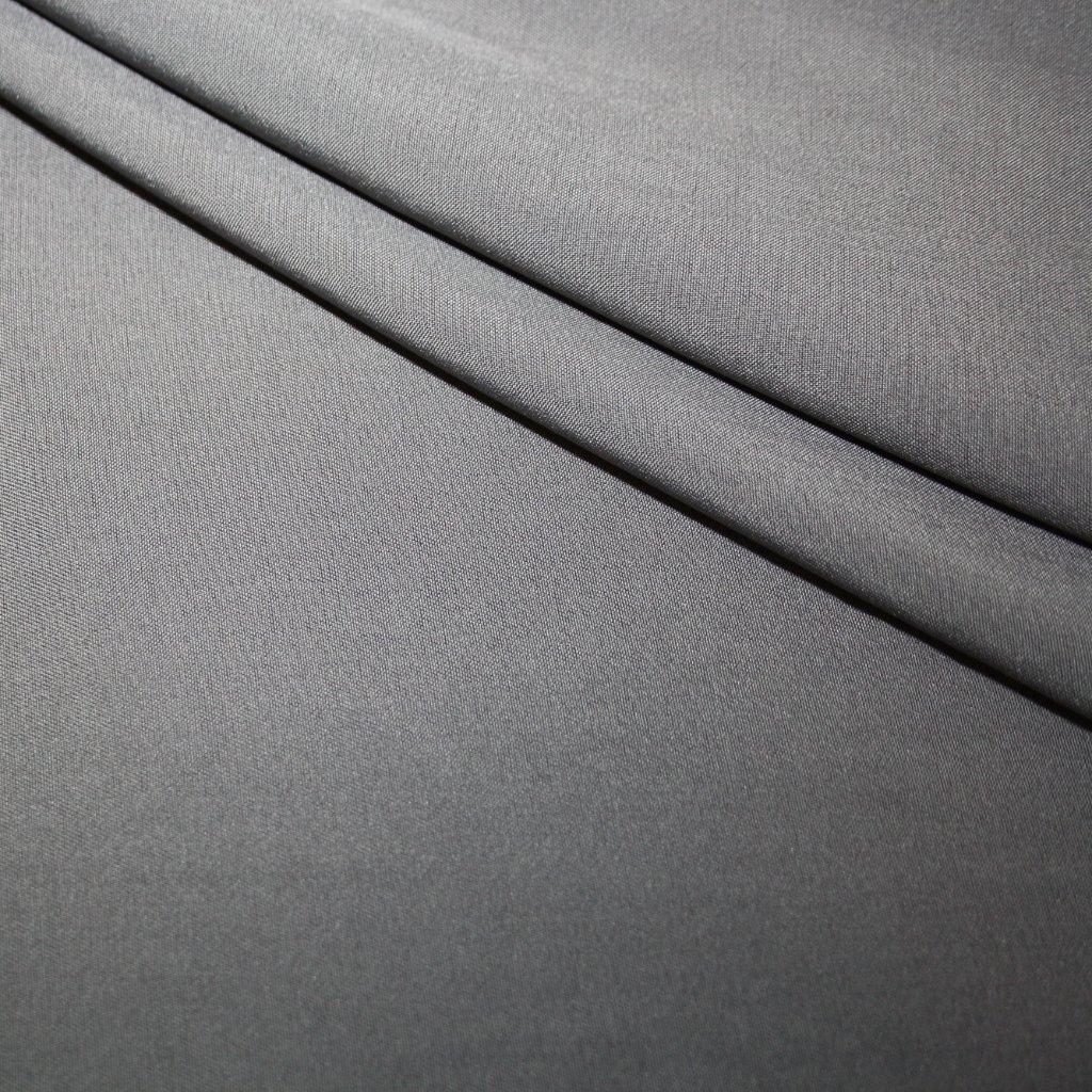 Kostýmovka jednobarevná šedá