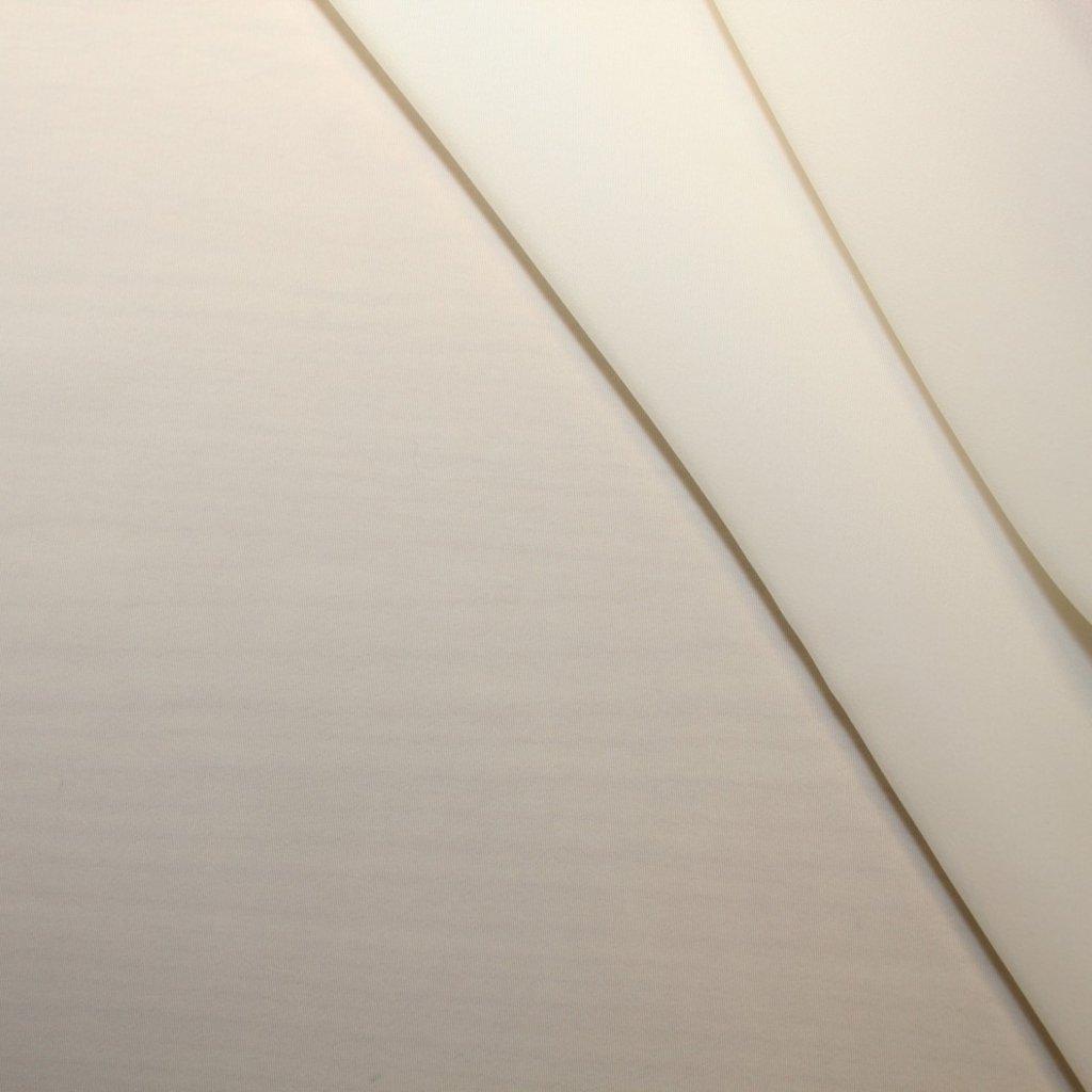 Polyester bílý