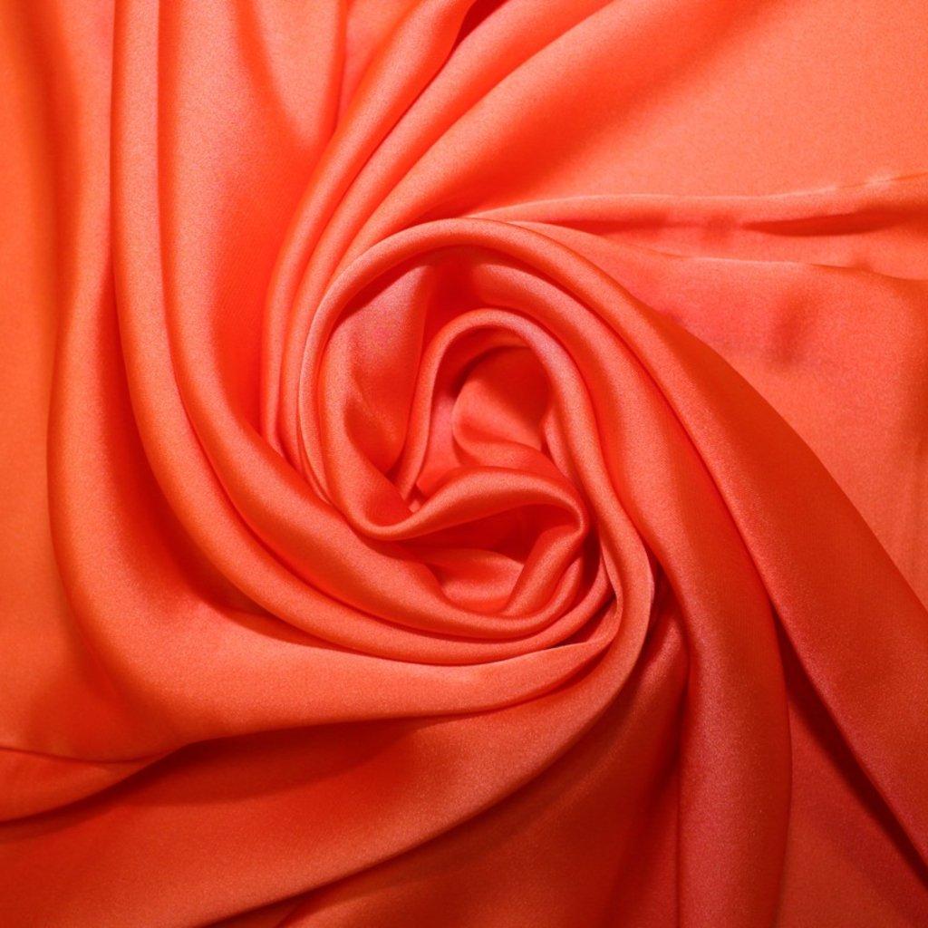 Satén prádlový oranžový