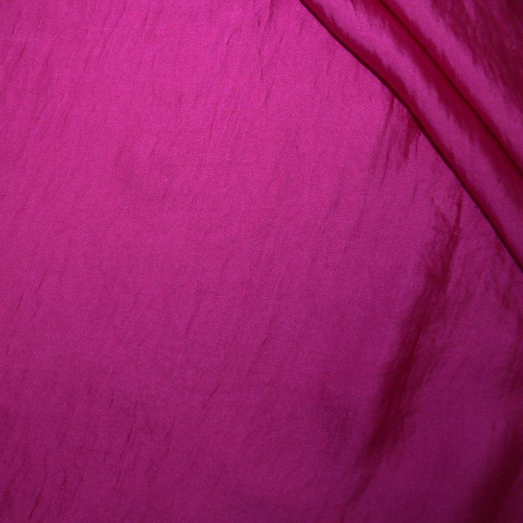 Polyester fialový