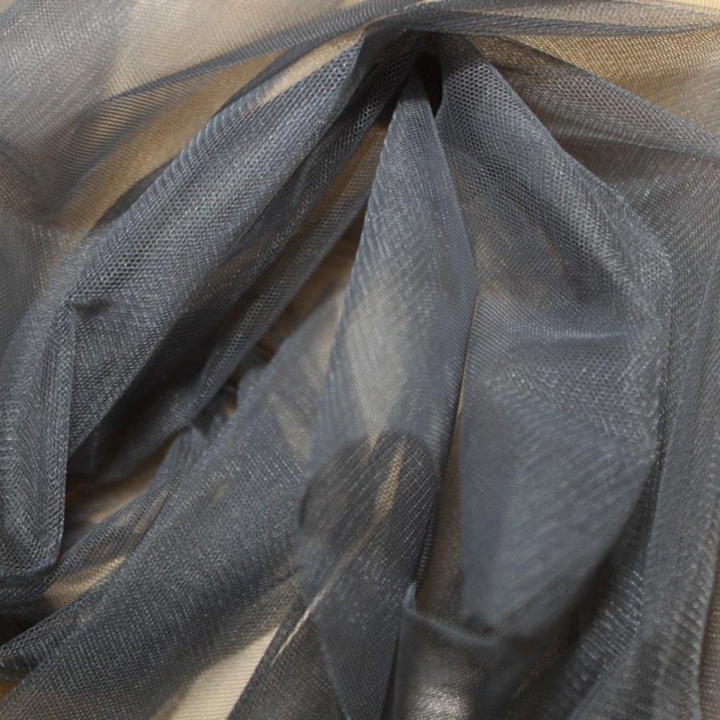 Tyl spodničkový šedý