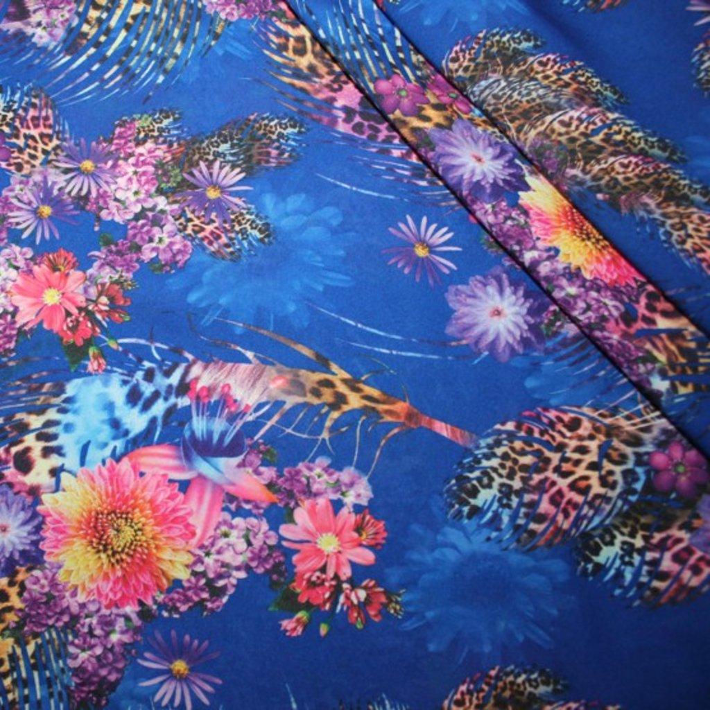 Polyester modrofialový