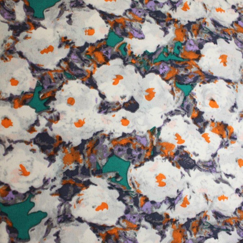 Polyester bílozelený