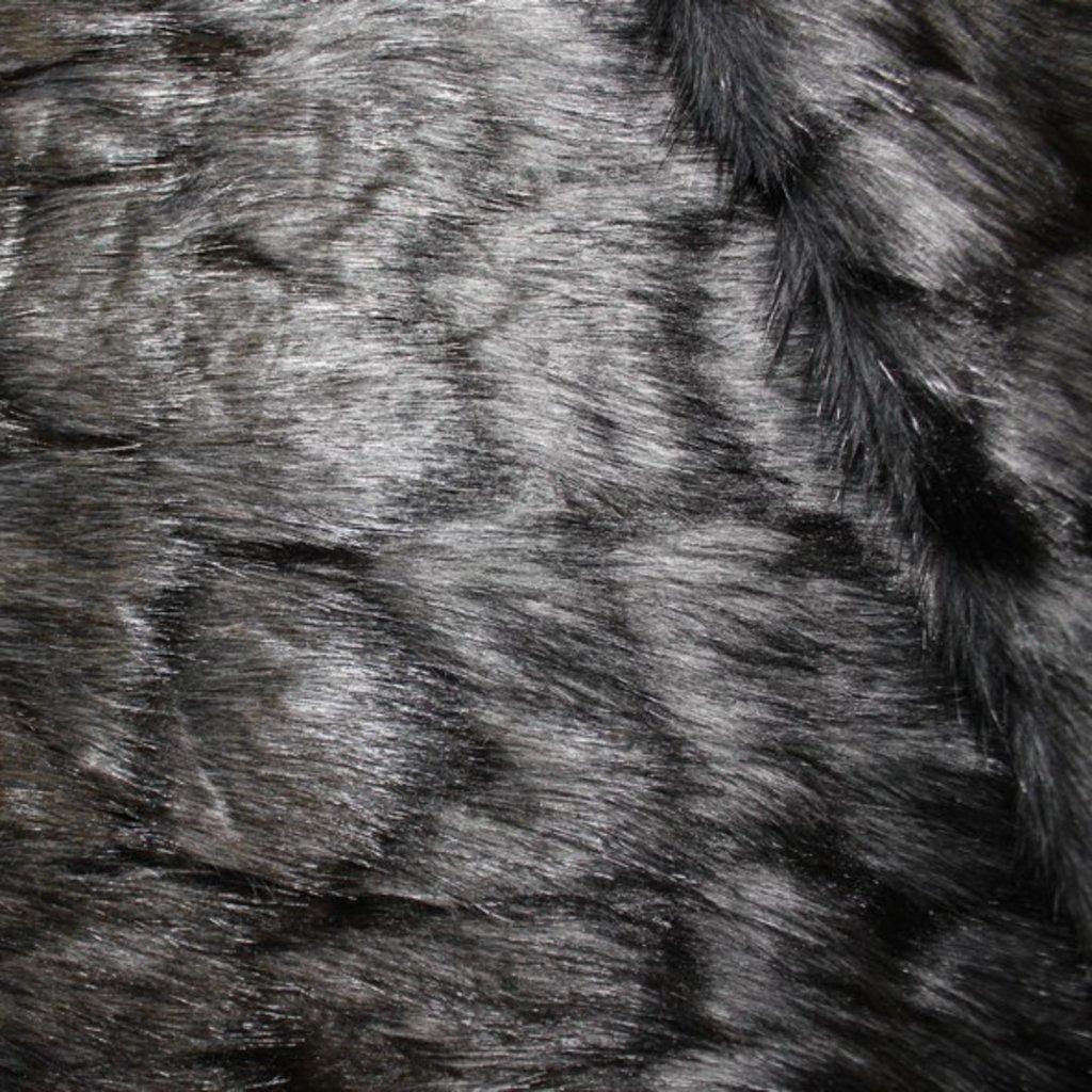 Kožešina hnědočerná