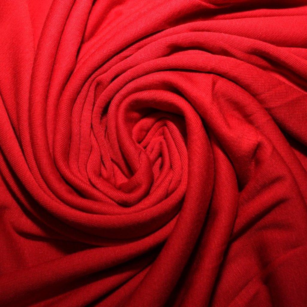Úplet červený