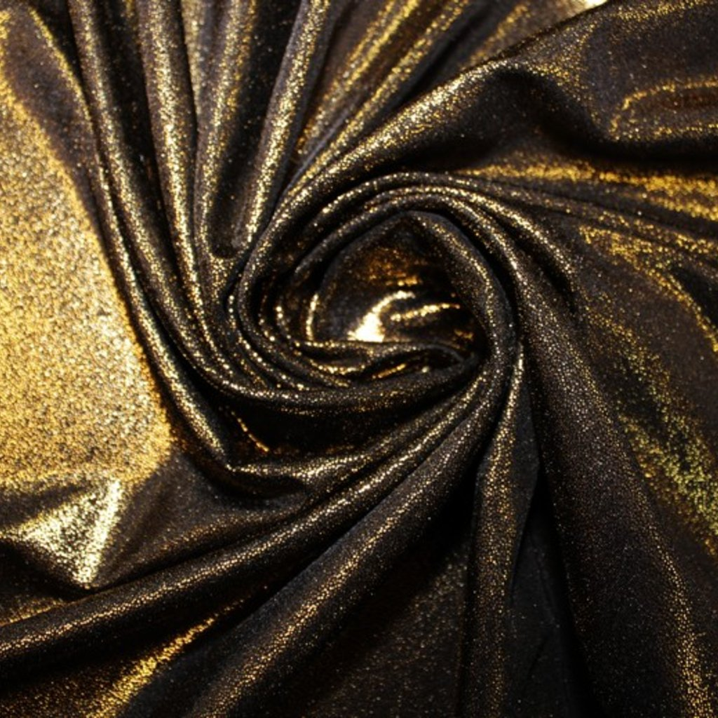 Plavkovina zlatočerná