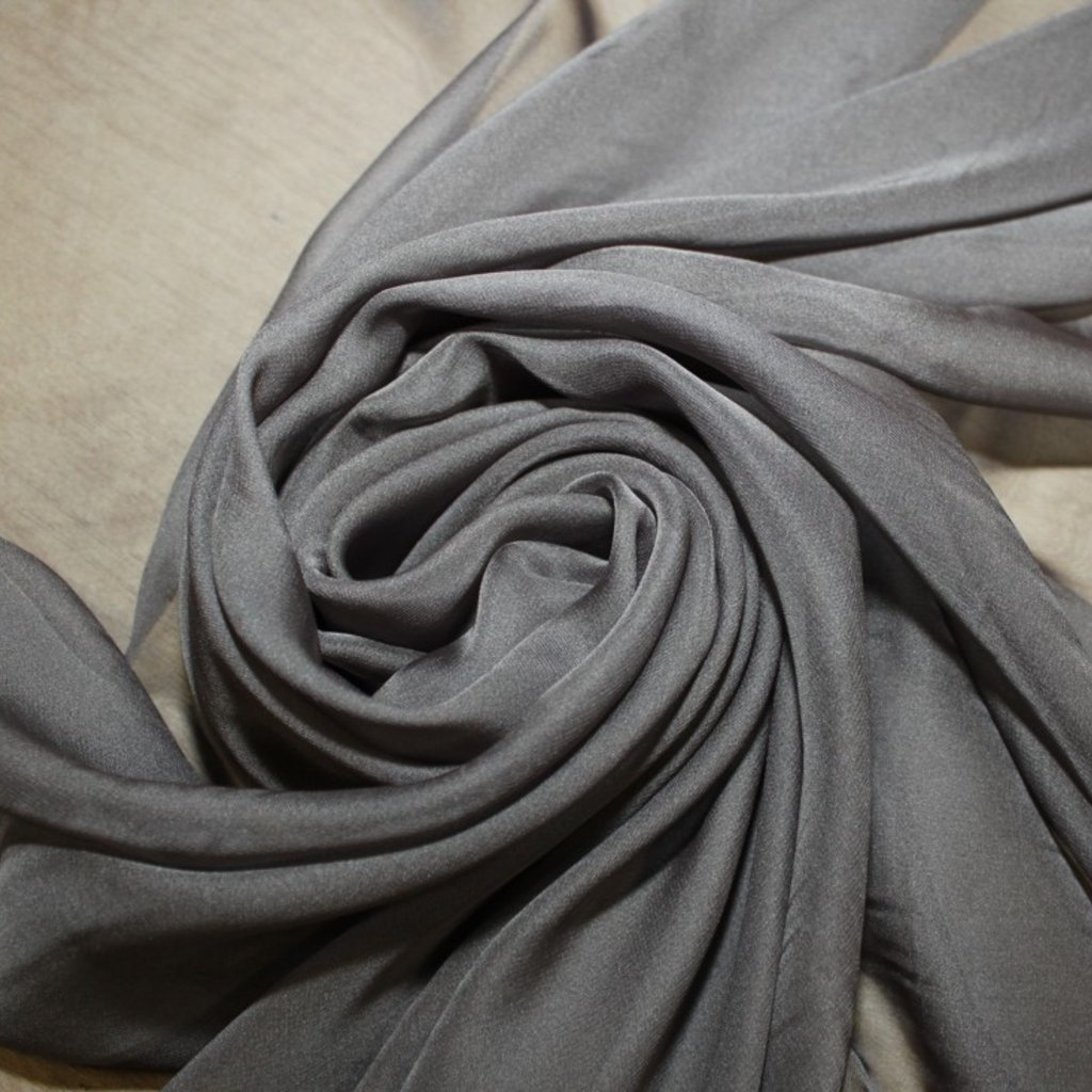 Šifon tmavě šedý