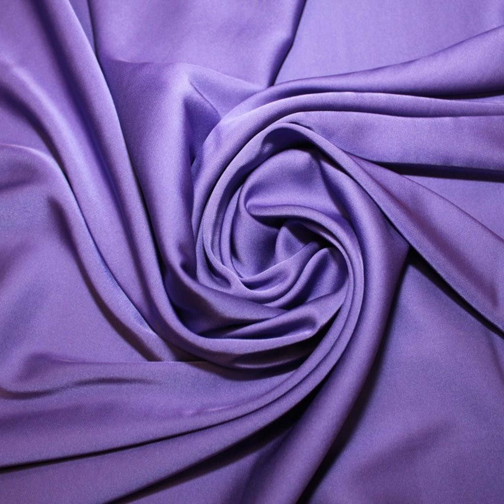 Satén jemný prádlový fialový