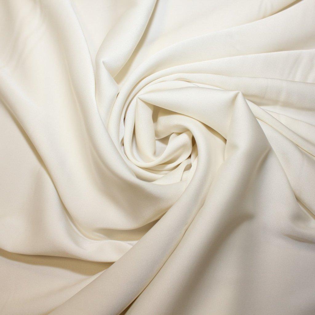Satén jemný prádlový smetanový