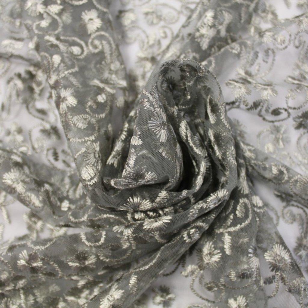 Krajka stříbrná