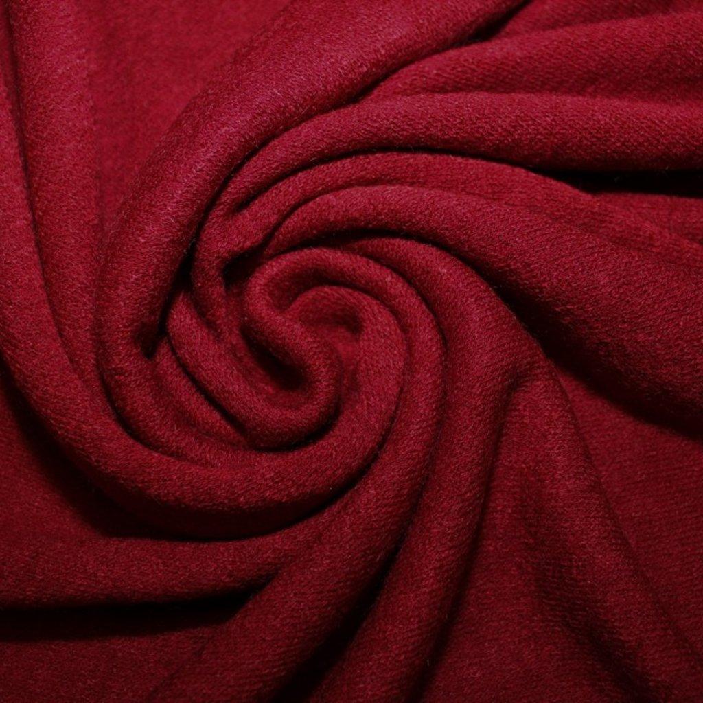 Úplet tmavě červený