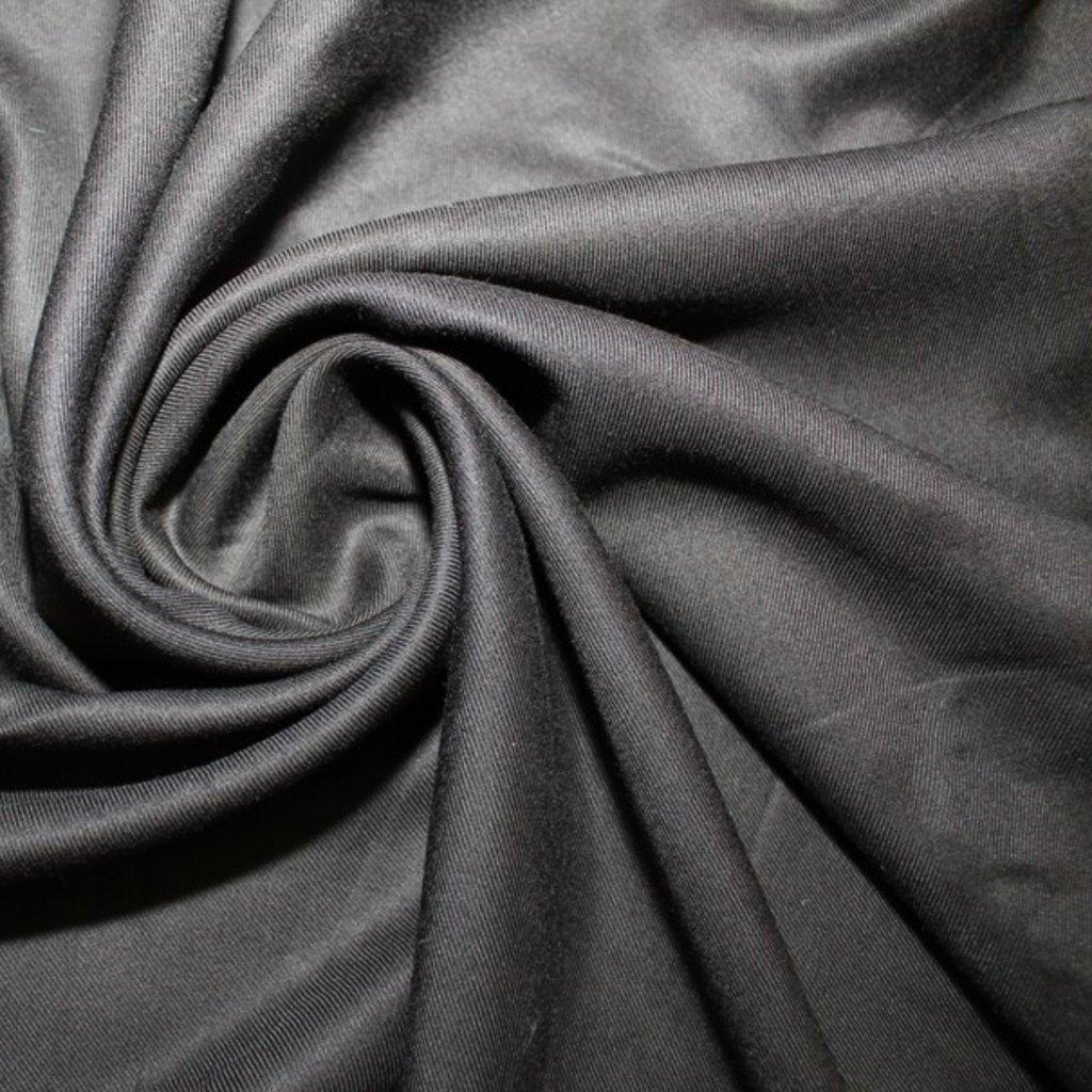Viskóza černá