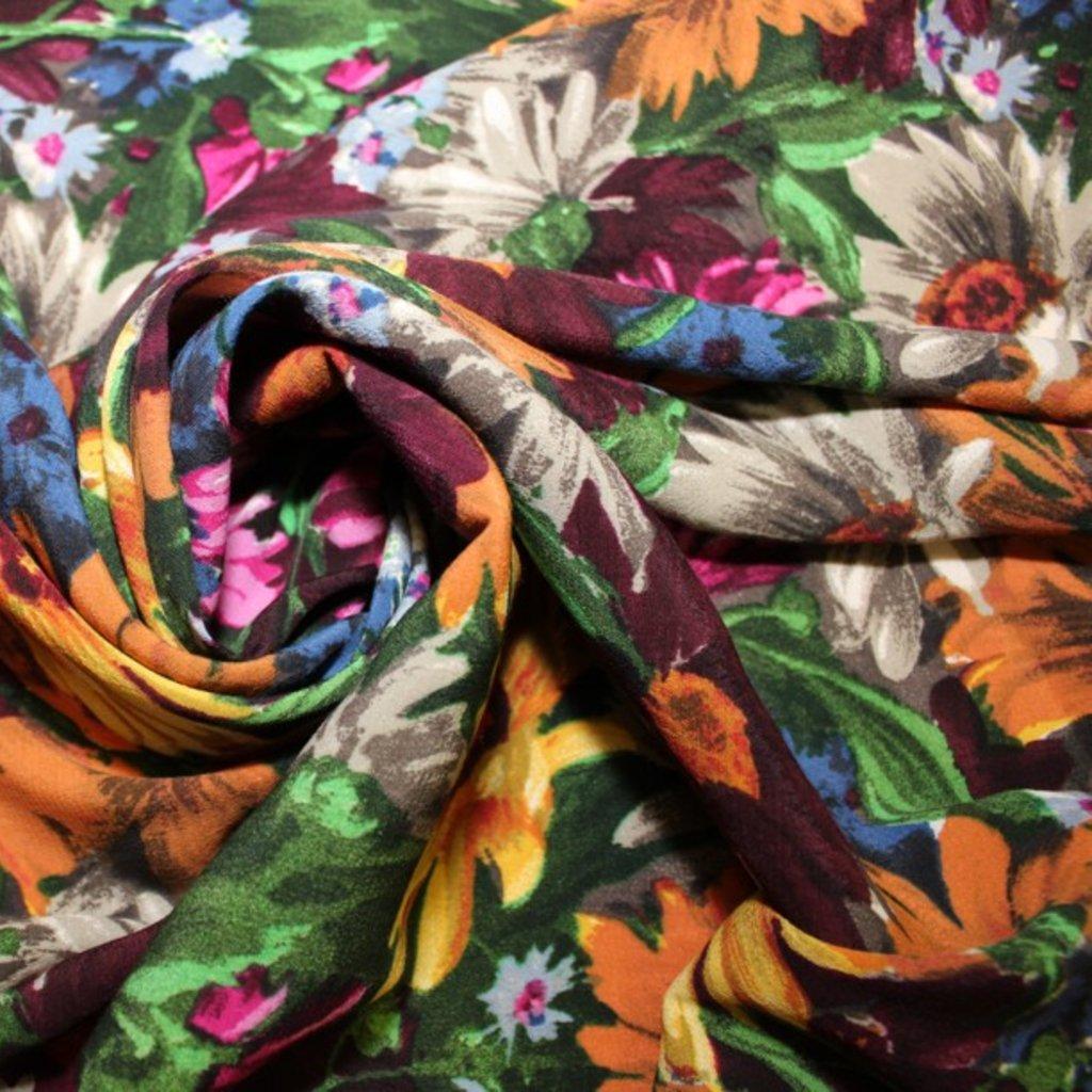 Viskóza různobarevná s kytičkama