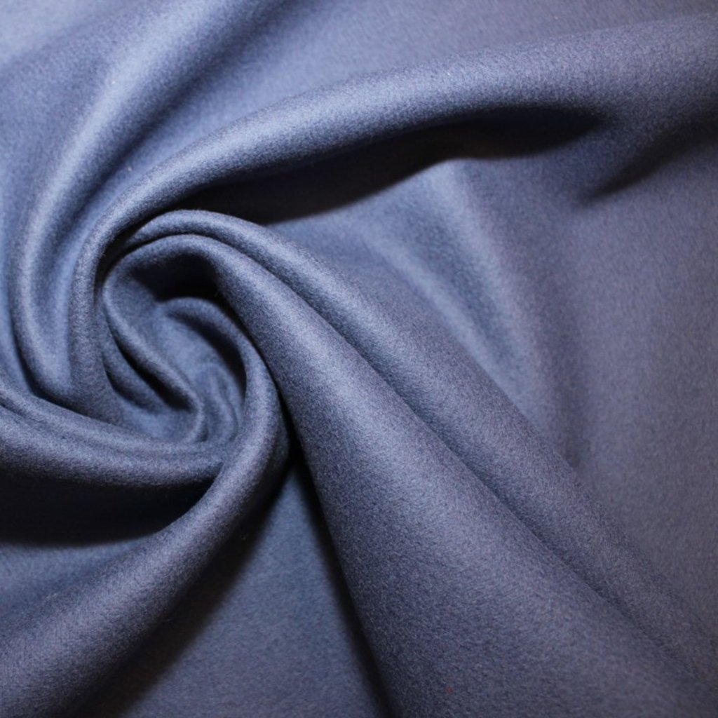 Flauš – tmavě modrý