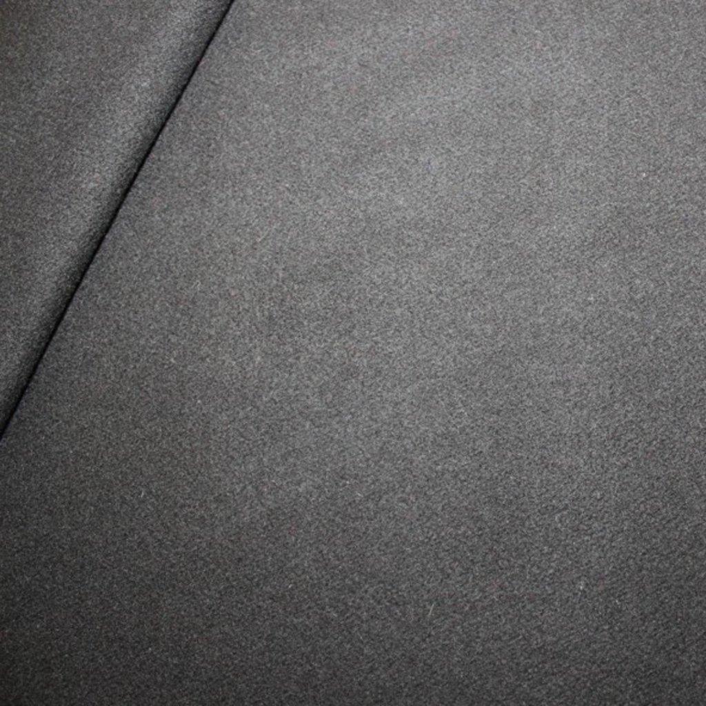 Kabátovina – černá