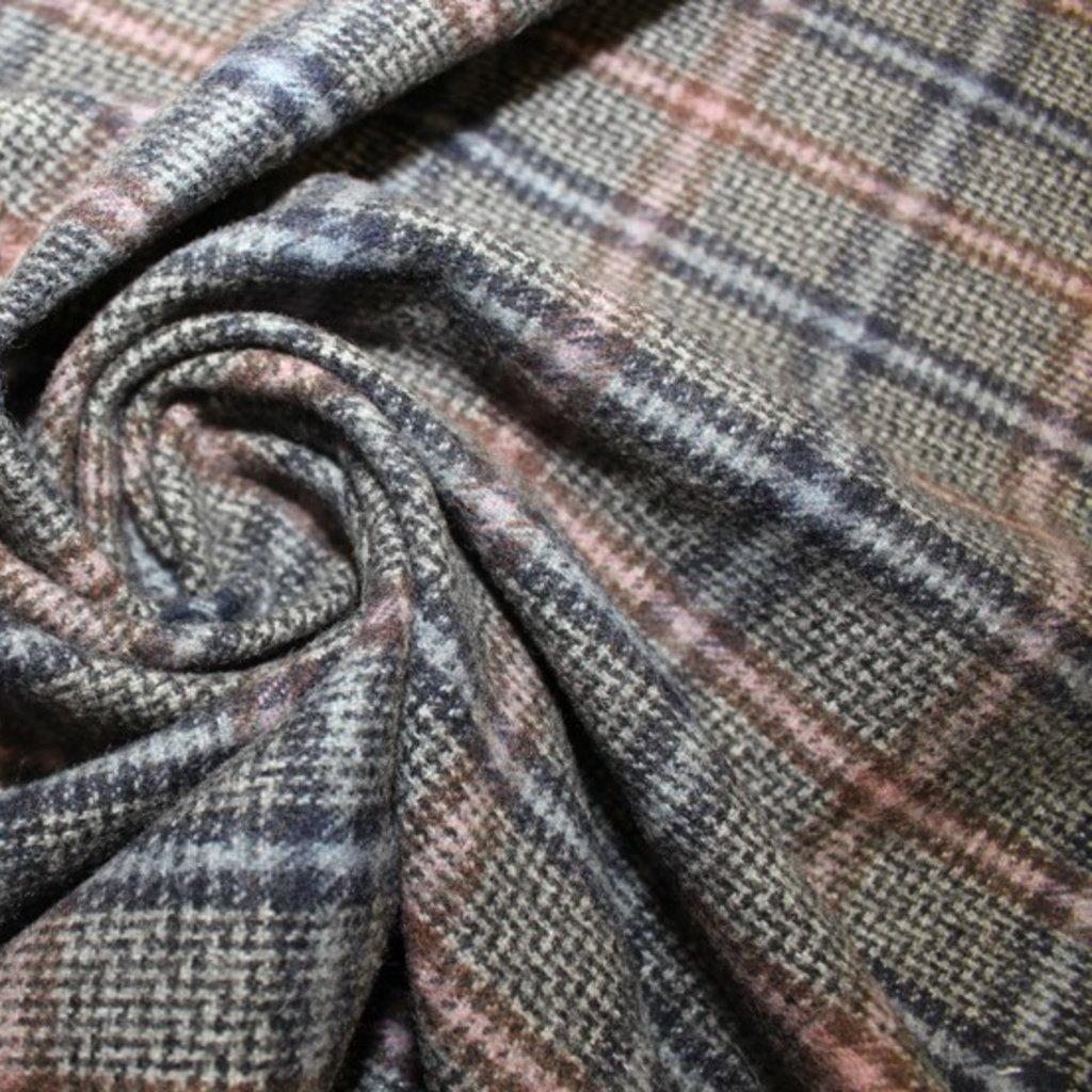 Kabátovina tmavě šedá s proužkem