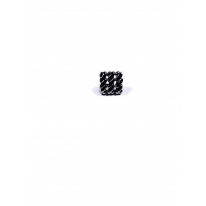 Knoflík čtvercový ozdobný tmavě stříbrný lesklý