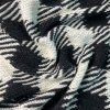 Silná pletenina s angorou černo bílá kostka
