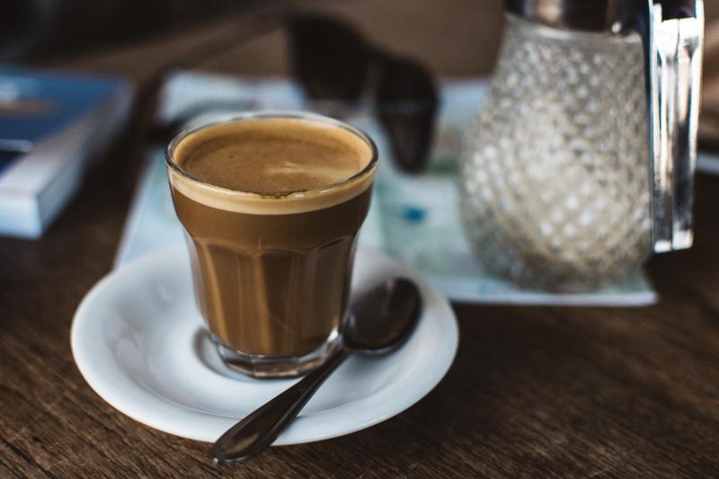 foodiesfeed.com_coffee-cortado-in-a-glass-cup