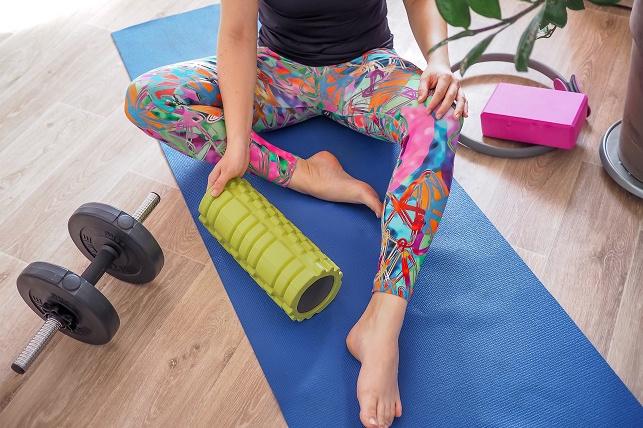 Jak začít cvičit doma? Nepodceňte správné oblečení