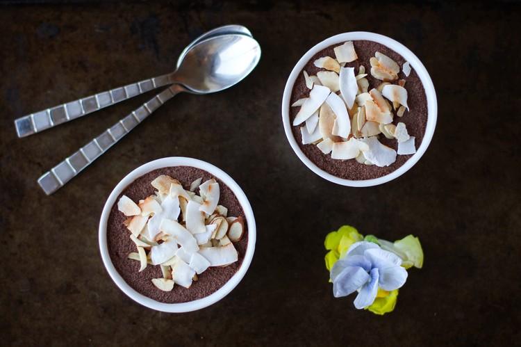 Kokosová pěna s kakaem a chia