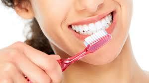 Nielen čistiť zuby ale aj liečiť chrup ...