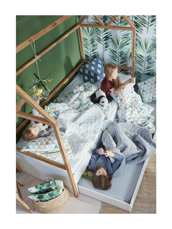 Drevená domčeková posteľ 160x80 2