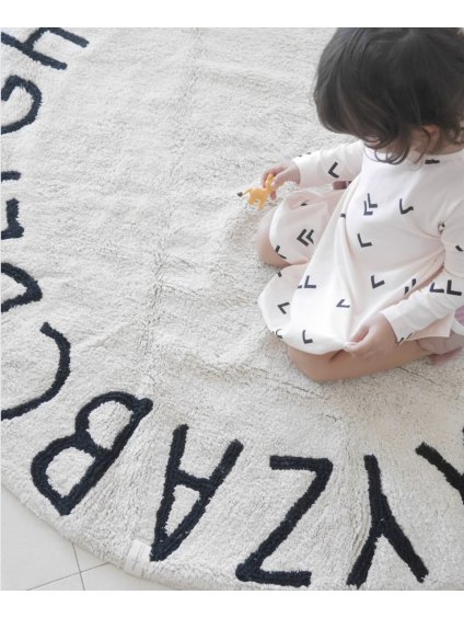 Prateľný koberec ABC nude 01