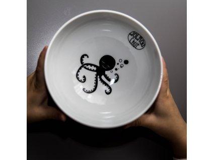 MIska s chobotnicí