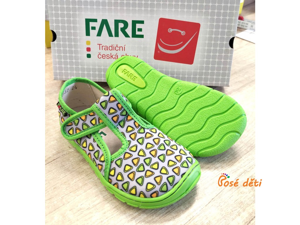 Fare Bare 5202462 - papuče na suchý zip šedé trojúhelníky