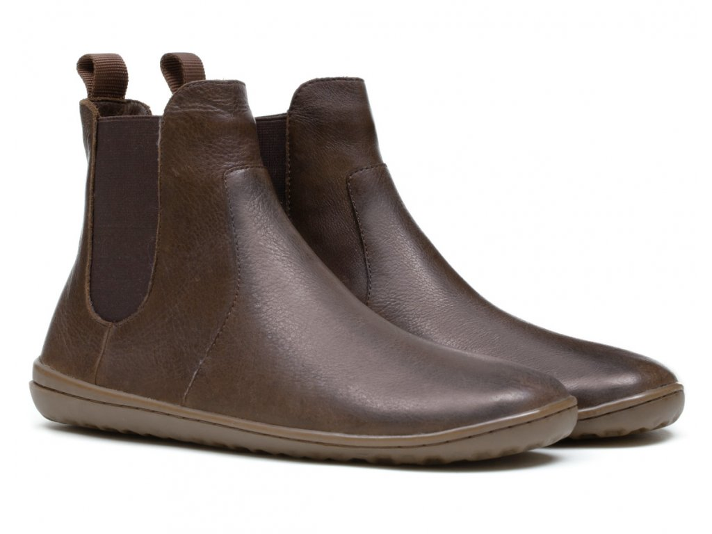 fulham brown 3