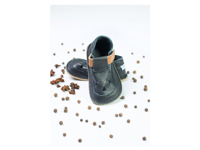 baby bare shoes io lion