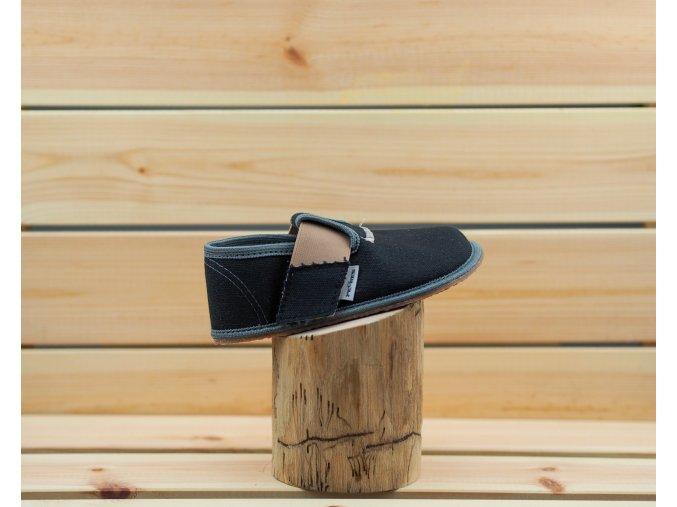 Barefoot Pegres papučky BF01 černá, Pegres
