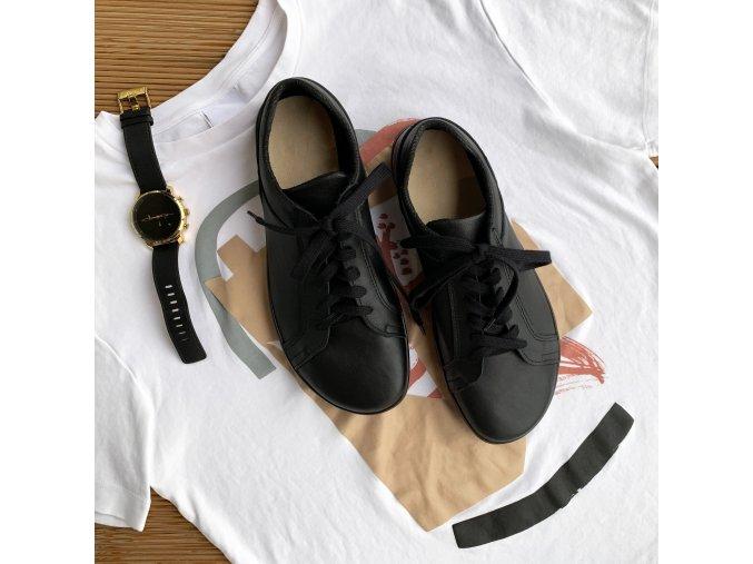 01 2020 12 15 00 black lifestyle IG