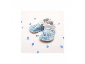 baby bare shoes io top stitch snowflakes 3