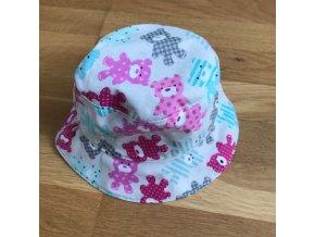 Bavlněný klobouček - růžový medvídek, Katka Černá