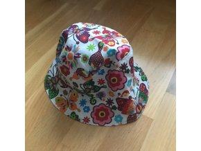 Bavlněný klobouček - Motýlci, Katka Černá