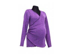 fialovy svetr tehotna
