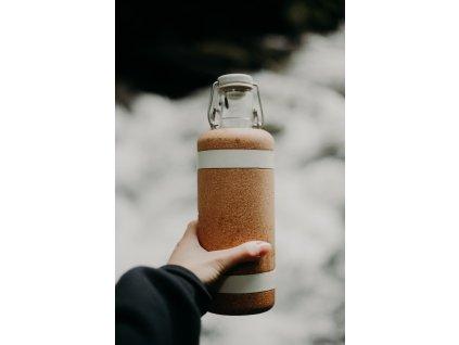 Soulsleeve, ochrana pro lahve Soulbottles 0,6 l (bílé pásy)
