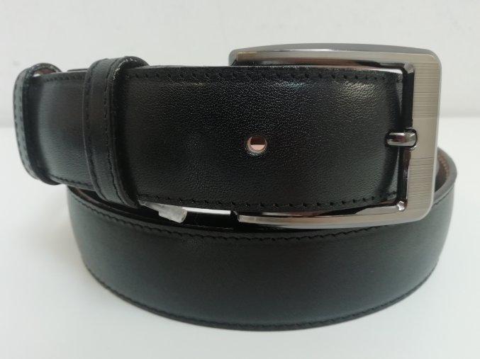 133701.9 černá