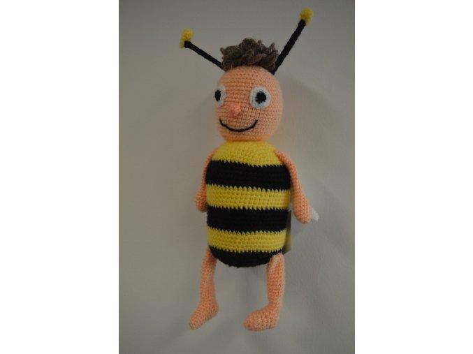 Háčkovaná hračka VČELKA