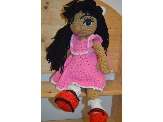 Háčkovaná hračka panenka Manu