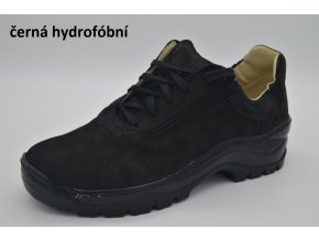 černá hydrofóbní