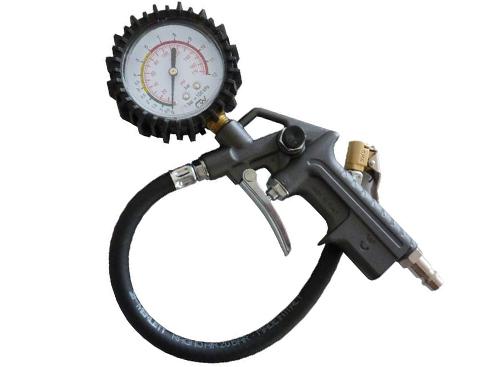 Měřiče tlaku a pneuhustiče