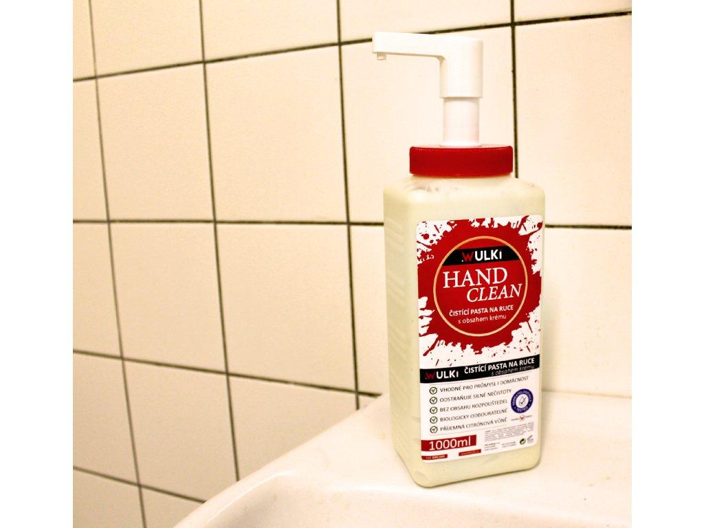 Wulki hand clean1