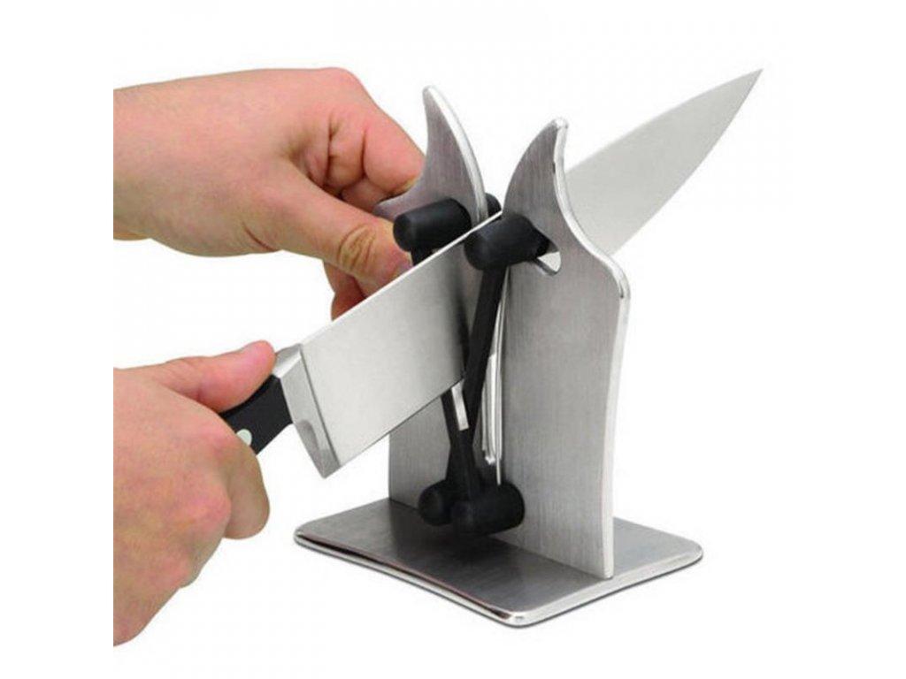 Nože, brousky nožů
